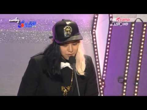 130213 Yang Hyunsuk Producer award by Bigbang G-Dragon