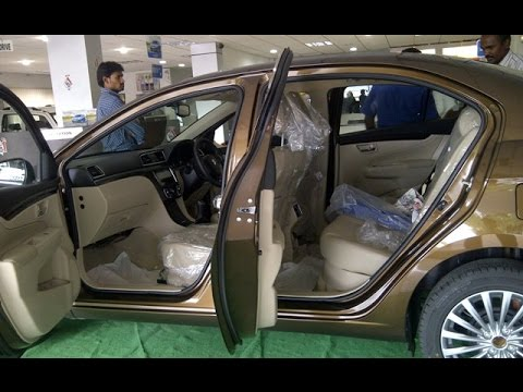 maruthi suzuki ciaz 2015 review interiors youtube. Black Bedroom Furniture Sets. Home Design Ideas