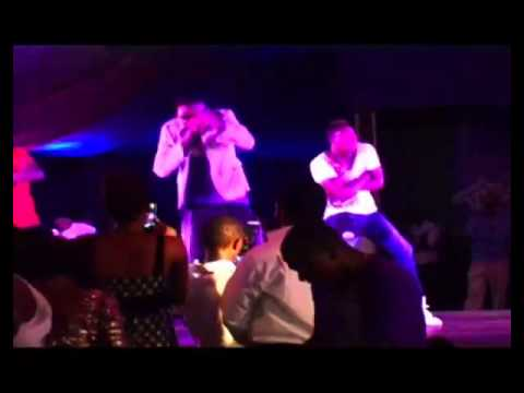 Psquare, Mr May D and Ashiwaju trilling Fan at Ribena #PurpleParty