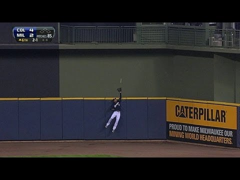 Carlos Gomez takes away a homer from Carlos Gonzalez and GETS PUMPED!