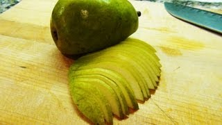 How To Slice A Pear - Noreciperequired.com