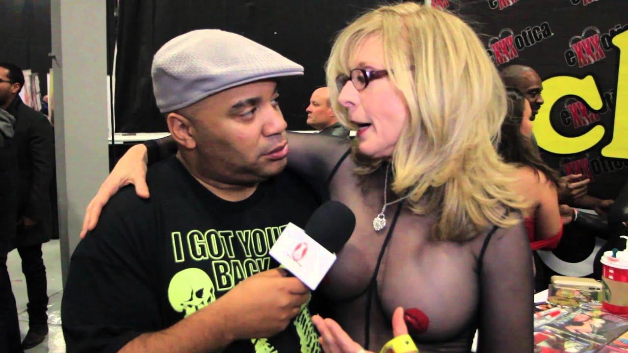 Порно видео Нина Хартли, сцены секса Nina Hartley