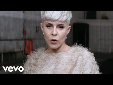 Robyn - Call Your Girlfriend (Official Video)