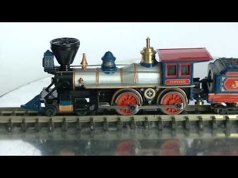 Bachmann N Gauge 4-4-0 American Steamer  & Excursion Coach