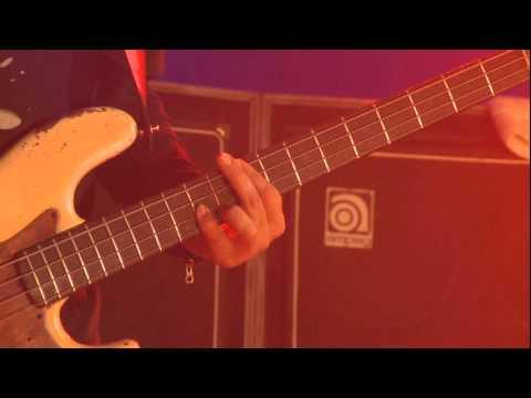 Divididos  Audio y Agua- Desde el bajo de Diego Arnedo(HD)