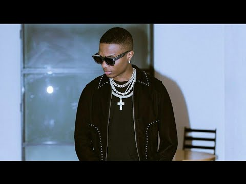 Download WIZKID DIDN'T LIKE MY VIDEO 'GUCCI SNAKE' - SLIMCASE