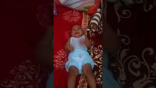 Bayi tertawa ngakak || baby laugh funny