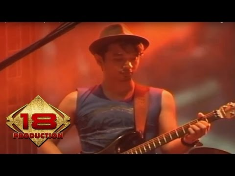 Ungu - Kau Anggap Apa  (Live Konser Solo 20 April 2013)