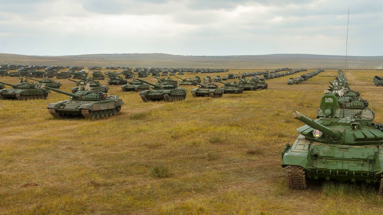 Ready for fight (Aug 13,2020) Russian Deployed 160 Tanks and Missile to Help China Against US in SCS