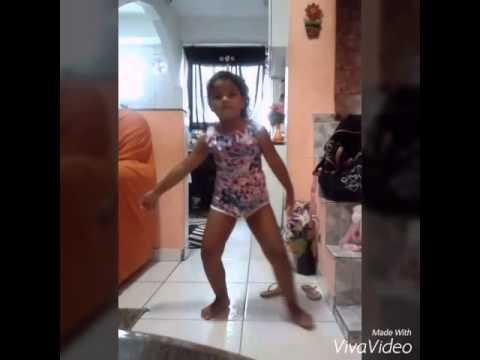 Minha irmã dançando anitta 😍