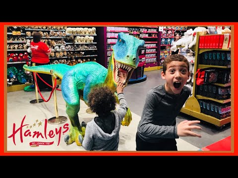 SHOPPING AT HAMLEYS TOY STORE IN CENTRAL LONDON! THE BEST TOYS SHOP IN THE WORLD! Bowie Family Vlogs