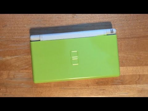How to spray paint a DS Lite