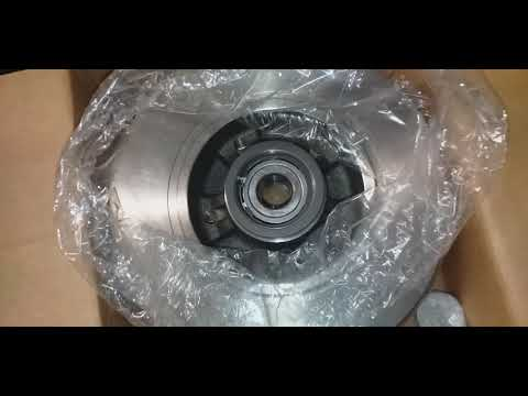 Замена тормозных дисков и колодок Рено Меган 3