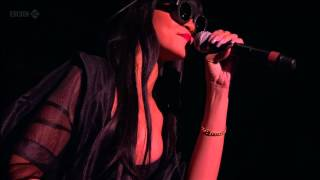 Repeat youtube video Jay-Z feat Rihanna - Run This Town (Live at Hackney 23.06.2012) HD