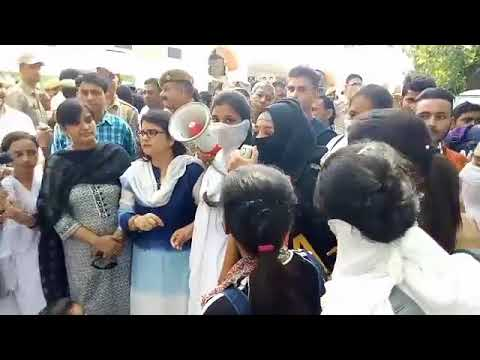 GCW Parade Fiasco | Girls continued their protest for Day 2| Jammu