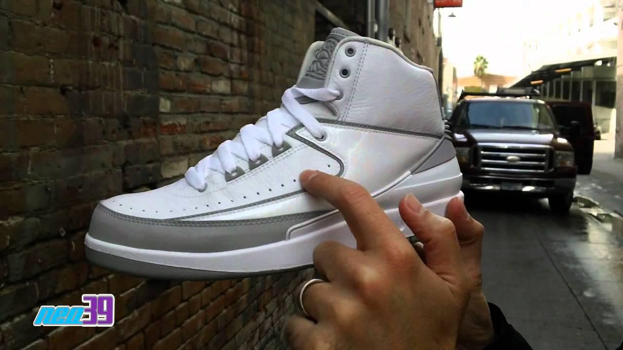 Air Jordan 2 Retro Silver Anniversary shoes