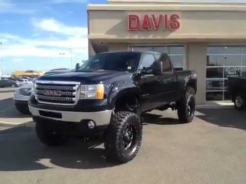 "2012 GMC Sierra 2500HD SLT 11"" lift 