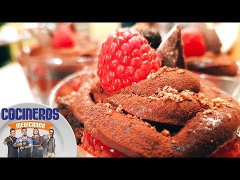 Receta: Pastel de chocolate de metate al vaso | Cocineros Mexicanos