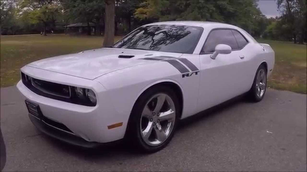 barely used 2012 dodge challenger rt for sale in lyndhurst. Black Bedroom Furniture Sets. Home Design Ideas