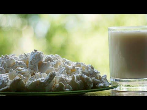 Слоистый творог из домашнего молока.