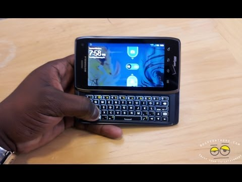 Motorola Droid 4 Review-Booredatwork