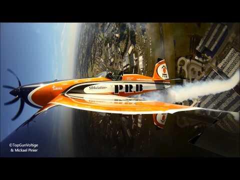 Extra 330 aerobatics Légend'air 2014