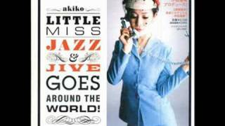 Around The World/Akikoの動画