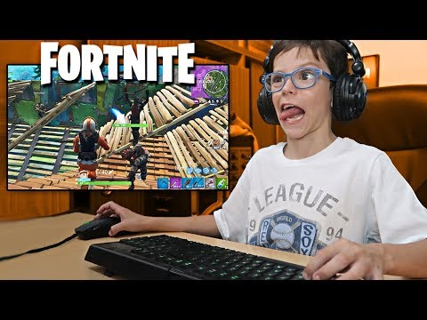 THIAGO JUEGA FORTNITE: BATTLE ROYALE
