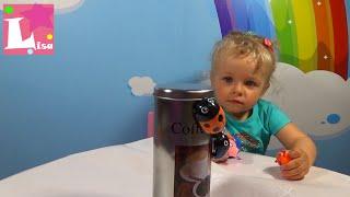 Сонечка або Жуки Феромагнітні в банках розпакування іграшок Magnetic brothers crawling toy