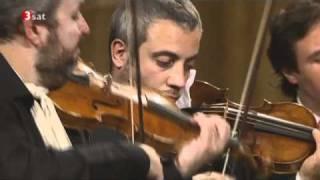 Il Giardino Armonico - Vivaldi - Concerto for strings in G minor RV 152