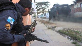 War in Rio de Janeiro  - Intense Firefights