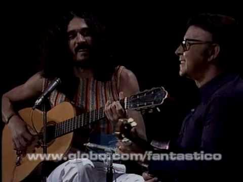 """Moraes Moreira e Waldir Azevedo - """"Choro Feliz"""" (1978)"""