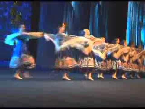 скачать танец с платками