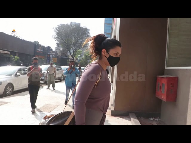 Parineeti Chopra Spotted At Andheri Dance Class