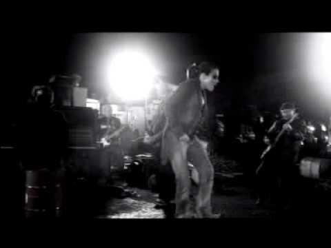 Клип Marlango - Shake The Moon
