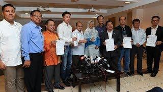 Video Two independent Sarawak MPs join Pakatan download MP3, 3GP, MP4, WEBM, AVI, FLV Juni 2018