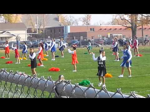 Defiance Middle School Super bowl cheer half time