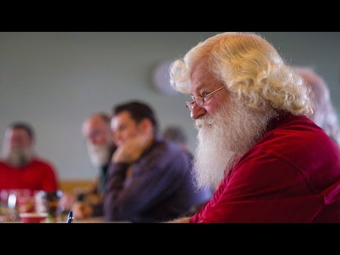 Aspiring Santas master the trade at Calgary school