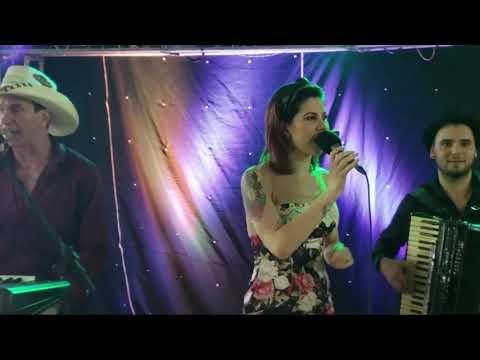 Nino Pasa e Renata - ao vivo em Francisco Beltrão