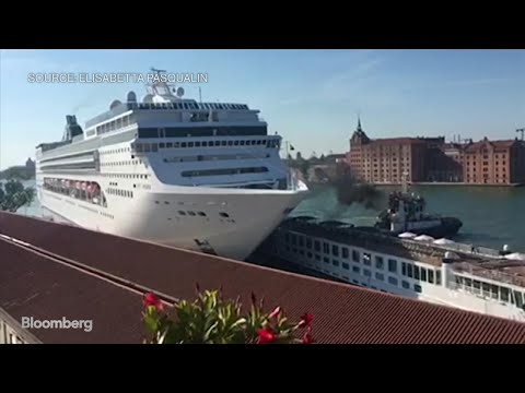 Harms - Watch Massive Cruise Ship Crash Into Venice (Italy) Pier