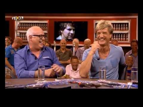 'Lachen om Toine van Peperstraten' (voetbal International)