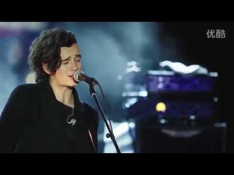 The 1975 // R O B B E R S // LIVE from Guitar Center Sessions