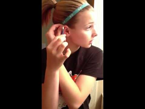 How To Clean Your New Cartilage Piercing Youtube