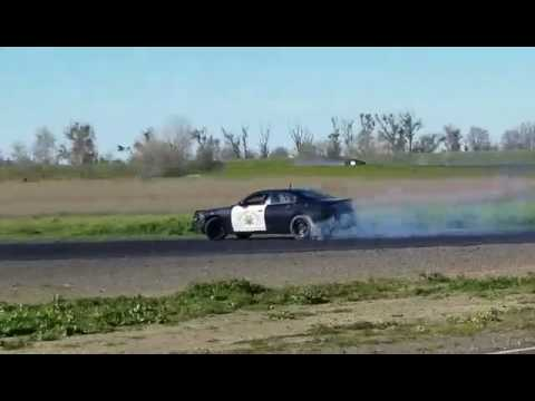 Dodge 5 7 Hemi >> CHP Dodge Charger 5.7 Hemi Drifting Video 1 - YouTube