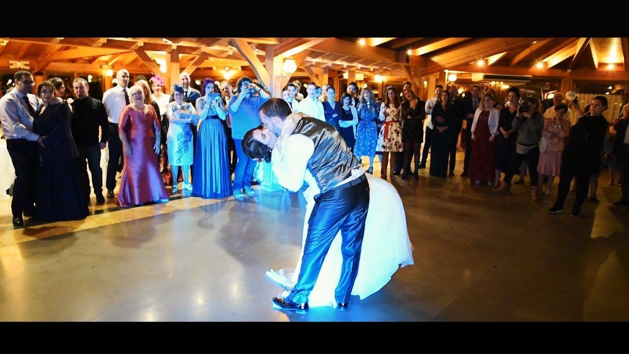 Vídeos de boda en Bilbao.  Sentimiento y emoción en el Hotel Etxegana: Una boda diferente