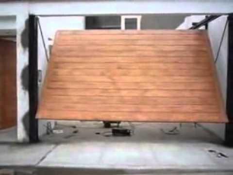 Puertas contrapeso youtube for Puertas y portones de madera