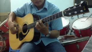 Kiss the rain-Yiruma (Guitar solo-Clip DemoYAMAHA FG301)