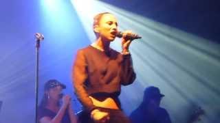 [4] Medina - Happy live @ Huxleys Neue Welt in Berlin (02.12.13) HD