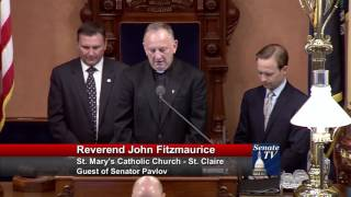 Sen. Pavlov welcomes Deacon Fitzmaurice to deliver invocation to Senate