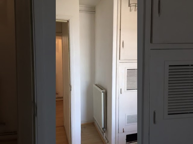 Large room 1 min from Shoreditch O/G station  Main Photo